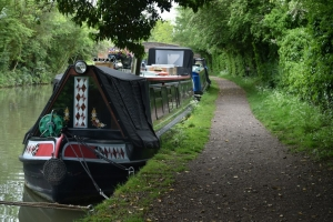 Braunston Village. An authentic canalside village and amenities. Great British Boating Holidays