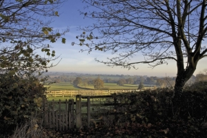 Walking holiday in the Heart of England along the Heart of England Way