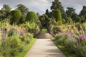 Packwood House Gardens open to the public, close to the Stratford -upon-Avon canal